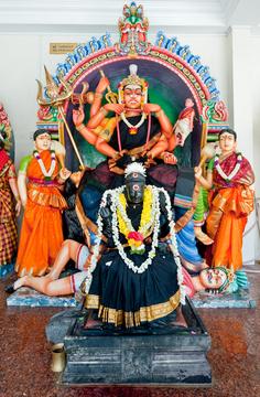 Sri Mariamman Temple: Periyachi Poojai
