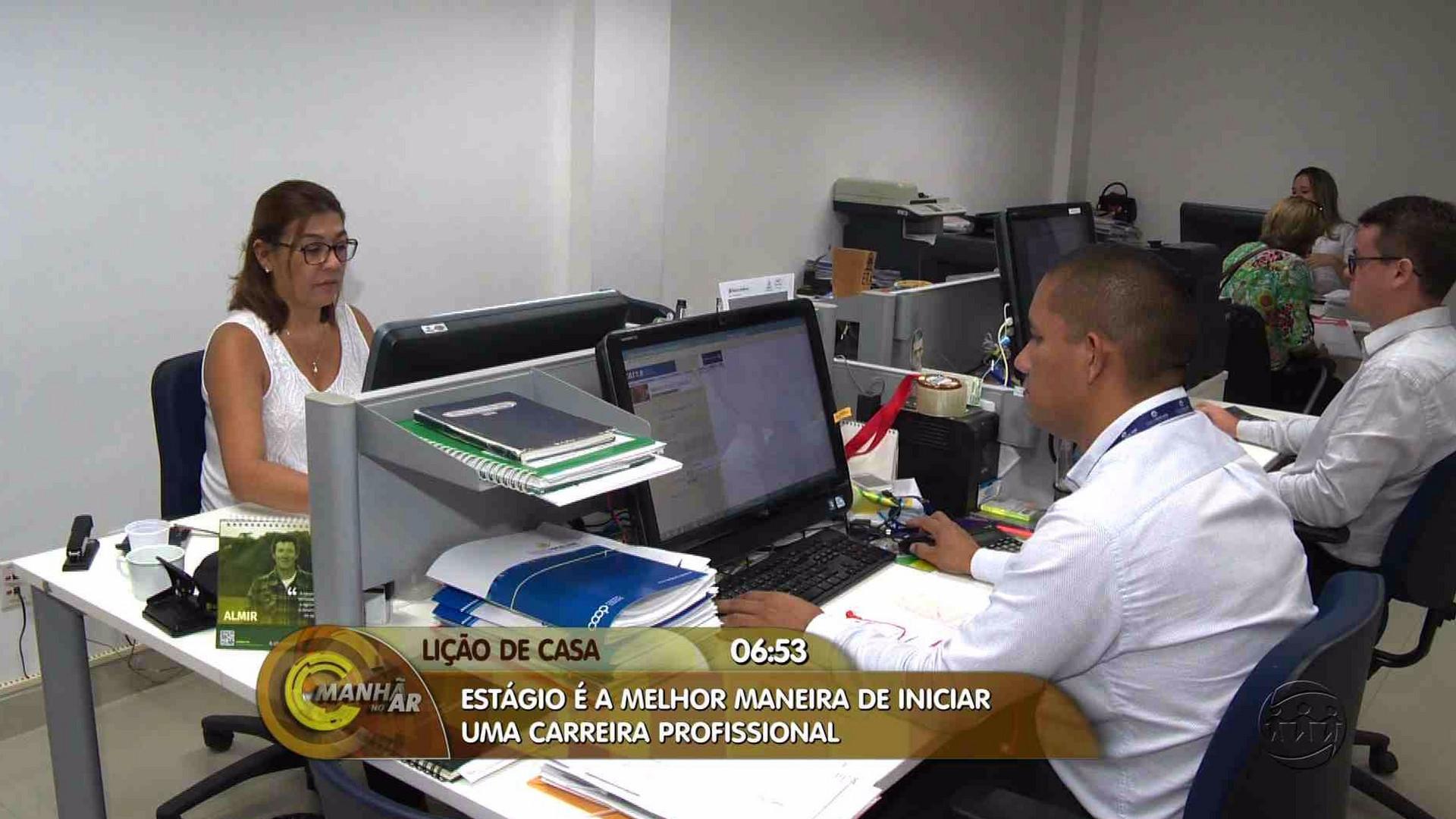 SAIBA O QUE É PRECISO PARA SE DESTACAR NA PRIMEIRA EXPERIÊNCIA PROFISSIONAL - Manhã no Ar 27/06/17