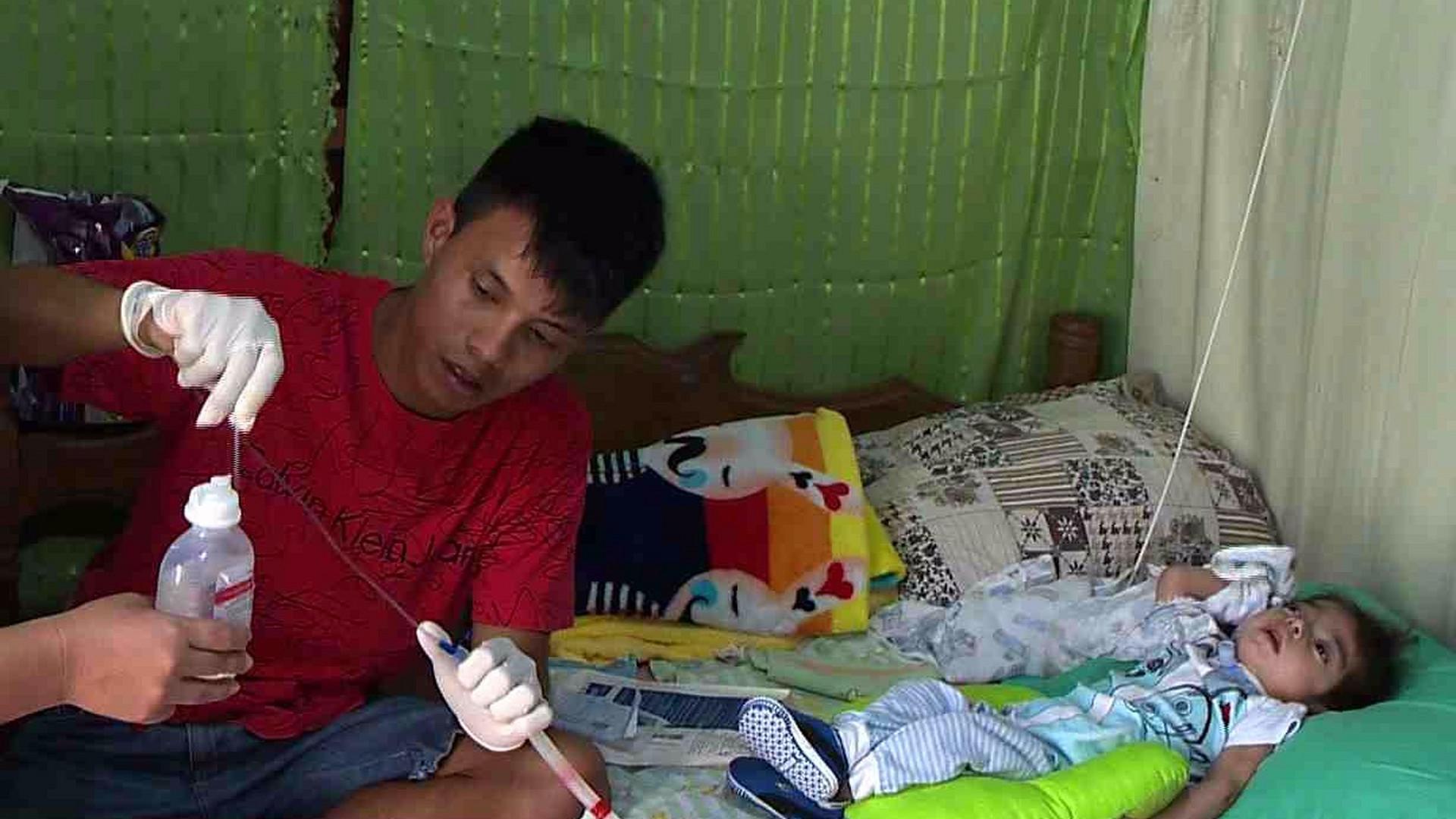 BEBÊ COM FALTA DE OXIGÊNIO NO CÉREBRO PRECISA DE MATERIAIS HOSPITALARES - Alô Amazonas - 26/07/17