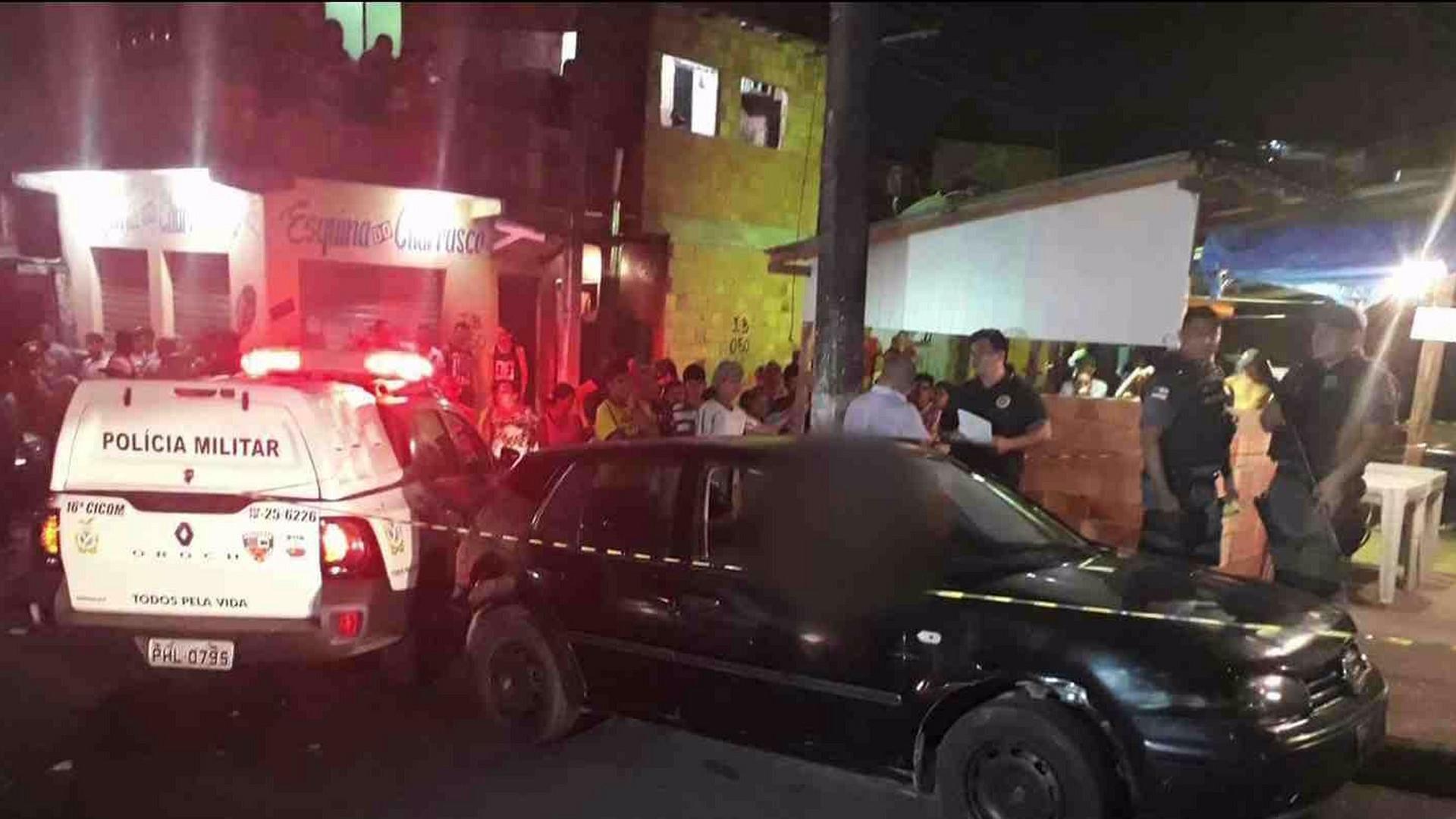 EXECUÇÃO: MOTOTAXISTA É ASSASSINADO A TIROS - Alô Amazonas - 16/08/17
