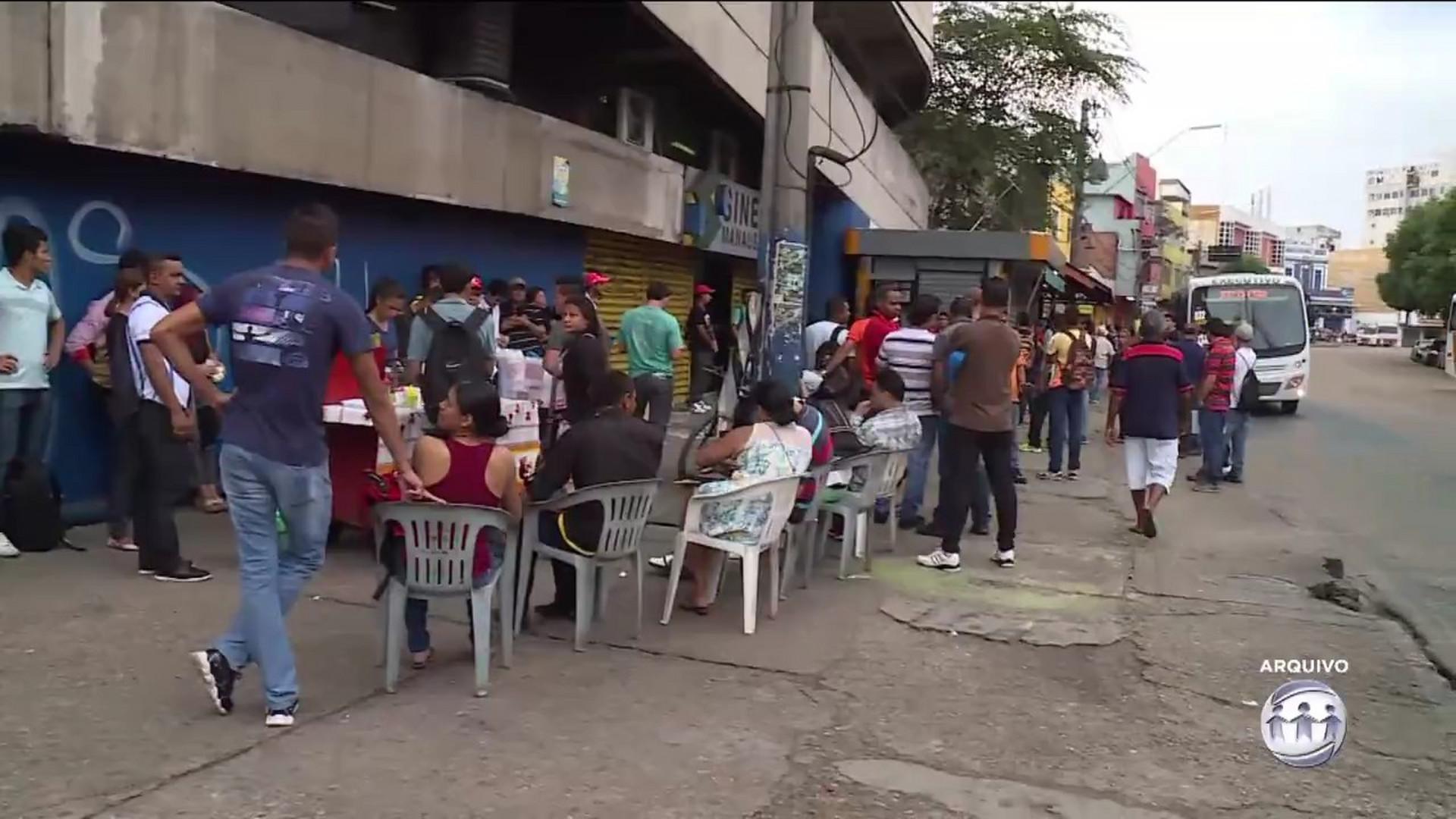 DESEMPREGO: AMAZONAS APRESENTA O SEGUNDO MAIOR NÚMERO DO PAÍS - A Crítica na TV 17/08/17