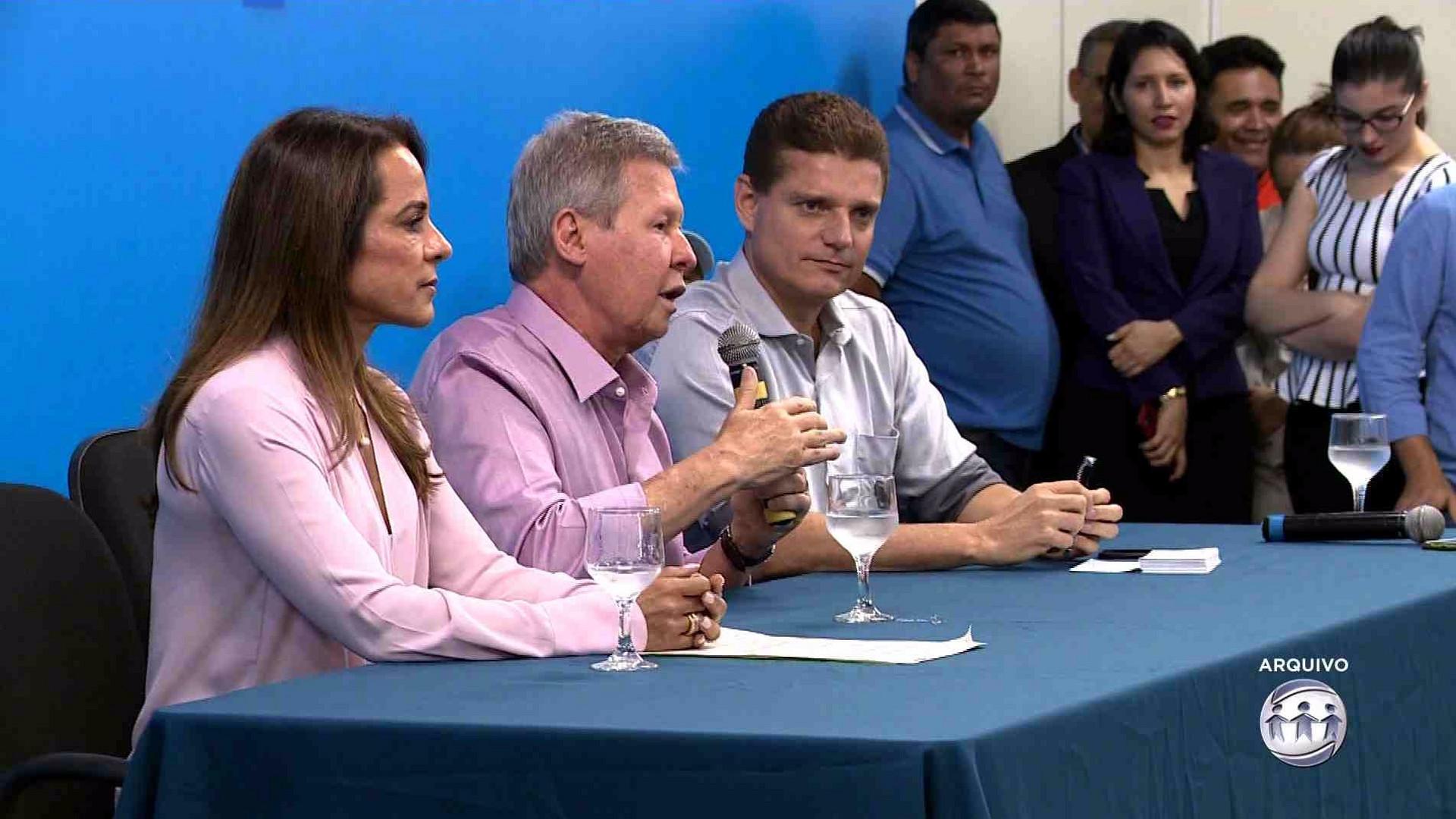 TRIBUNAL DE CONTAS PREVÊ DEMISSÃO DE 10% DOS TEMPORÁRIOS DA PREFEITURA - A Crítica na TV 18/10/17
