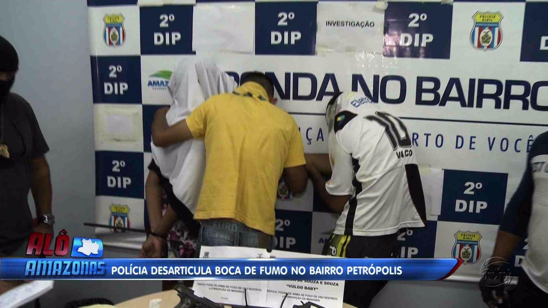 POLÍCIA DESARTICULA BOCA DE FUMO NO BAIRRO PETRÓPOLIS - Alô Amazonas 17/11/17